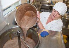Resturile de carne sunt reprocesate în îngheţată: viitorul sumbru al alimentelor