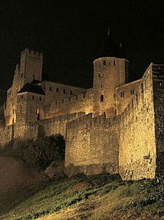 Carcassonne, France. Travel in France and learn fluent French with the Eurolingua Institute http://www.eurolingua.com/french/homestay-france-2