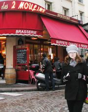 How to Dress for Winter Sightseeing in Paris – Think Chic! « Paris Blog, Travel Blog, Travel Tips – Paris Perfect