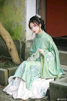Chinese Model, Chinese Style, Traditional Fashion, Traditional Dresses, Arwen Costume, Dress Hairstyles, Chinese Clothing, Chinese Culture, Hanfu