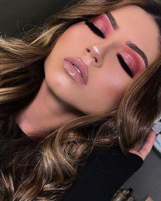pink makeup looks Glam Makeup, Cheer Makeup, Pink Eye Makeup, Crazy Makeup, Gothic Makeup, Fantasy Makeup, Makeup Art, Creative Eye Makeup, Simple Makeup