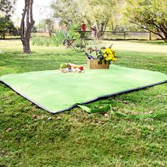Green Shwe Shwe Picnic Blanket