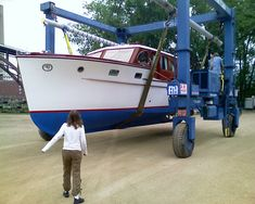 Bottom Paint, Yacht Builders, Classic Wooden Boats, Deck Boat, Cabin Cruiser, Speed Boats, Yacht Club, Toronto, Sailing