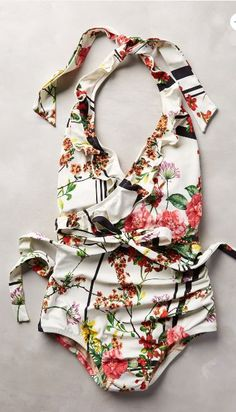 ruffle front floral maillot