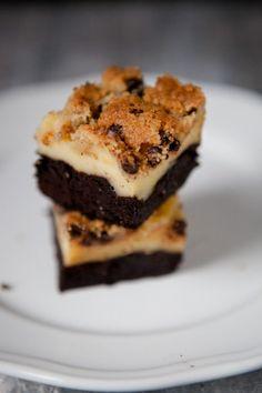 Brownie-Cheesecake mit Kekskruste :) - mit reichlich Kakao, schnell ohne Schokolade - http://kuechenchaotin.de/brownie-cheesecake-mit-kekskruste/