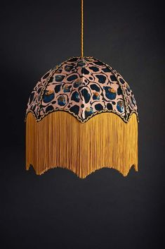 This Giraffe lamp Shade is the perfect accessory to add a bright and vibrant look to any room. It looks fabulous used on a side or floor lamp. Giraffe Lamp, Tiffany Lamp Shade, Large Floor Lamp, Luxury Interior, Interior Design, Hanging Pendants, Fashion Room, Light Shades, Light Up