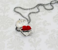 Once Upon A Time / Evil Queen Heart Necklace - Future B-Day Present (Afifa)