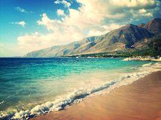 """Wahoo Bay Beach"""