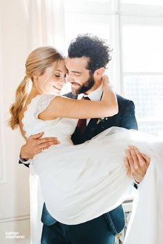 Findet hier Hochzeitsideen für eine klassischen Hochzeit mit dezenter Bohemian Atmosphäre.