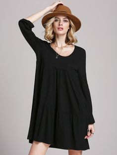 The necklace goes really well with the dress and hat Elegant Dresses, Cute Dresses, Casual Dresses, Casual Outfits, Dress Outfits, Fashion Dresses, Dress Me Up, Dress Long, Dress To Impress