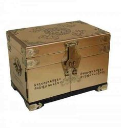 Gold Leaf with Chinese Writing Jewellery Box Oriental Furniture Newquay-Bonsai http://www.amazon.co.uk/dp/B0072I9766/ref=cm_sw_r_pi_dp_bM-oub06FRK87