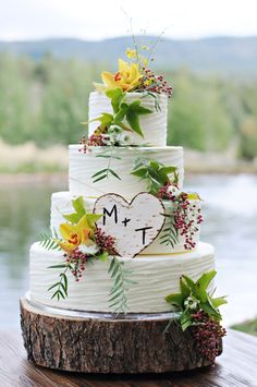 Rustic Buttercream wedding cake with fresh Orchids • Maude and Hermione on Pinterest