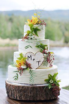 rustic wedding cake wedding