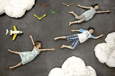 A great collaborative art idea. Have groups of students work together to plan, pose, and photograph these chalk & people images.