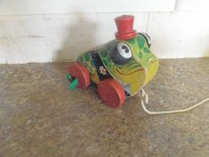 VINTAGE FISHER PRICE GRANDPA FROG PULL TOY #464 in Toys & Hobbies, Preschool Toys & Pretend Play, Fisher-Price | eBay