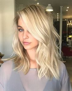 """2,897 Likes, 22 Comments - @chelseahaircutters on Instagram: """"Summer blonde using @lorealpro by @pjthomsen #blonde #balayage #behindthechair #maneaddicts…"""""""