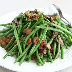 Fresh Green Beans with Bacon, Mushrooms & Herbs  http://www.cookincanuck.com/2012/11/fresh-green-beans-bacon-mushrooms-recipe/