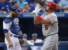 Albert Pujols is now a top 10 home run in MLB history. (Getty Images)