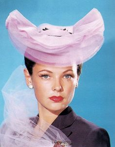 Gene Tierney ummmm i don*t like the outfit with the fru fru , sorry gene Hollywood Icons, Old Hollywood Glamour, Golden Age Of Hollywood, Vintage Hollywood, Classic Hollywood, Hollywood Stars, Hollywood Actresses, Gene Tierney, Love Vintage