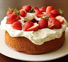 red strawberry cake