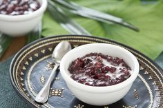 Black sticky rice and yam with coconut milk on top