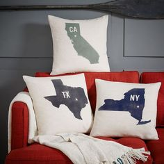 These would be so cute for a Baylor dorm -- one for each roommate's bed, to show where they came from!