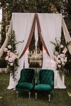 Velvet Wedding Decor Ideas ★ velvet wedding decor green chairs juanlurojano