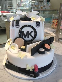 the michael kors/MAC/hairdresser cake...sweet mary's new haven ct