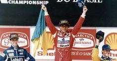 O último: a alegria de Senna no pódio de Interlagos em 1993, na corrida que marcou sua segunda e última vitória em GPs do Brasil (detalhe para os futuros campeões mundiais, Damon Hill e Michael Schumacher, no pódio)