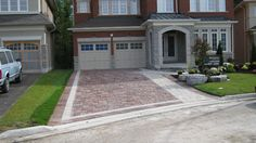 exterior landscaping ideas home with entrance at one end - Google Search