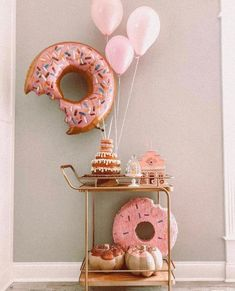 3 Year Old Birthday Party, First Birthday Party Themes, Donut Birthday Parties, Donut Party, Themed Parties, Birthday Ideas, 3rd Birthday, Gold Letter Balloons, Donut Decorations