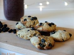 Smoothie et petits biscuits aux baies d'aronia