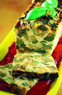 Recette cake d'été aux courgettes - Marie Claire Marie Claire, Zucchini, Cake Courgette, Clams, No Bake Desserts, Veggies, Menu, Stuffed Peppers, Baking