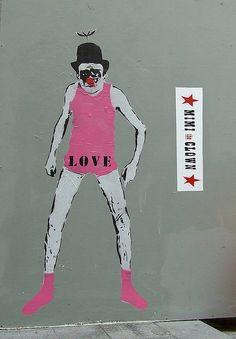 #mimi #clown #streetart Mimi the Clown in Rue Montorgueil, Paris