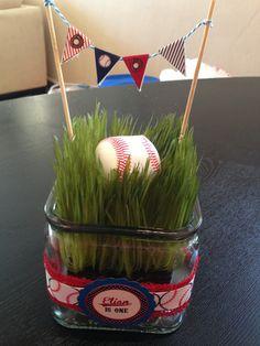 Baseball party centerpiece