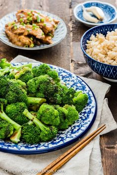 Cantonese Broccoli with Oyster Sauce | Omnivore's Cookbook Side Dish Recipes, Asian Recipes, Side Dishes, Healthy Recipes, Chinese Recipes, Asian Foods, Healthy Meals, Easy Recipes, Vegetarian Recipes