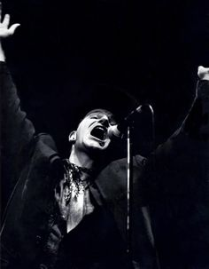 Bono sings with PASSION