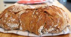 Du klarer ikke bake bedre brød enn det her. Norwegian Food, Norwegian Recipes, Bread Starter, Scandinavian Food, No Knead Bread, Tasty, Yummy Food, Our Daily Bread, Everyday Food