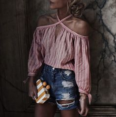 TOP REBECCA TAYLOR VIA BLOOMINGDALES | DENIM SUNSET & SPRING VIA BLOOMINGDALES | DENIM SHORTS TOYSHOP -SIMILAR HERE | CLUTCH SAM EDELMAN -ALSO LOVE THIS | BAG BUILDING BLOCK Spent the weekend r…