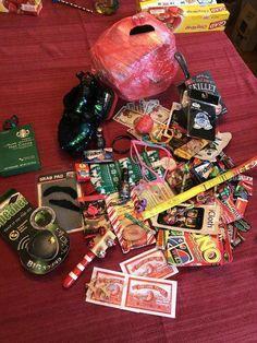 Saran wrap ball rules #christmasgames Fun Christmas Party Ideas, Holiday Party Games, Slumber Party Games, Carnival Birthday Parties, Christmas On A Budget, Xmas Party, Christmas Balls, Christmas Fun, Christmas Planning