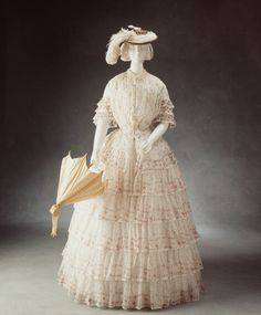 Day dress, circa 1845. From the Powerhouse Museum.