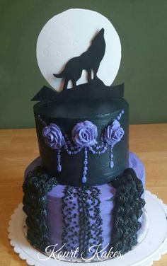 Gothic/ Wolf cake