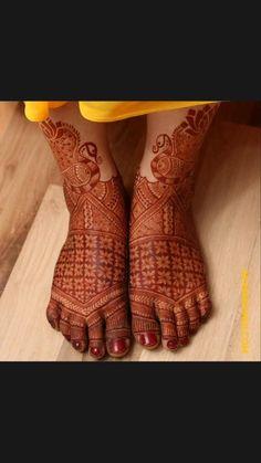 Baby Mehndi Design, Mehandhi Designs, Latest Henna Designs, Basic Mehndi Designs, Legs Mehndi Design, Back Hand Mehndi Designs, Mehndi Designs For Girls, Henna Tattoo Designs, Engagement Mehndi Designs