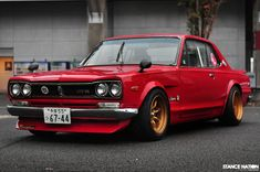 1972 skyline gtr - part of my recently developed love affair with old nissans and datsuns.