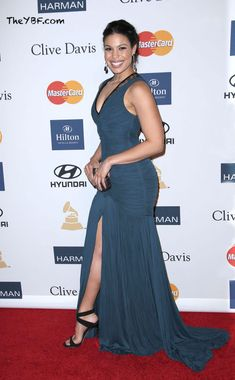 Well done, Jordin #Sparks!|Roberto #Cavalli ruched high slit deep teal gown, Giuseppe #Zanotti heels and a #McQueen clutch.