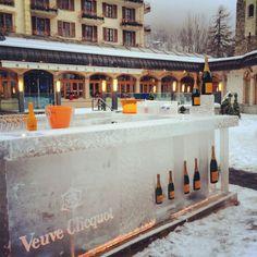 Outdoor champagne bar, Zermatt, Switzerland