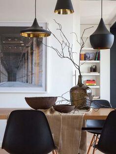 Comedor en madera y negro