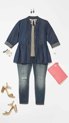 Plus Size Fashion: Denim on denim never gets old. Add a sparkly pair of shoes and a pink clutch to give this look an extra spring touch!