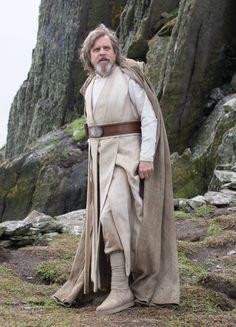 Star Wars The Last Jedi Luke Skywalker Played by Mark Hamill. Star Wars Jedi, Film Star Wars, Star Wars Luke, Star Wars Art, Costume Star Wars, Jedi Costume, Images Star Wars, Star Wars Pictures, Luke Skywalker