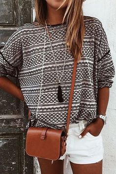 Casual Round Neck Long Sleeve Pattern T-shirt